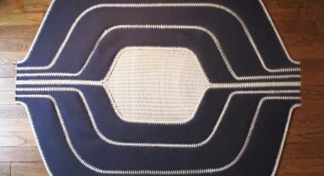 Ilot: A Rug Made From Felt and Wicker