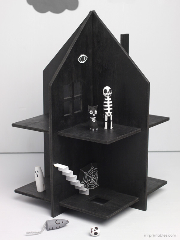Mr Printables_haunted dolls house
