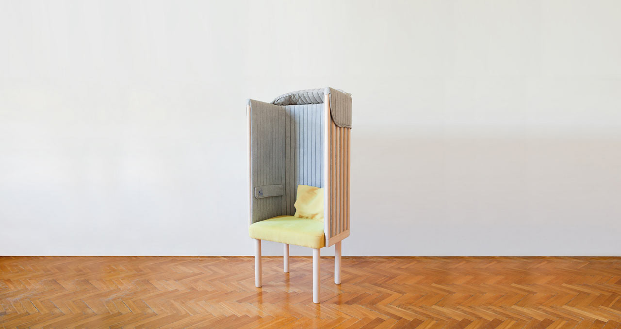 A Chair that Keeps You Offline and Relaxed