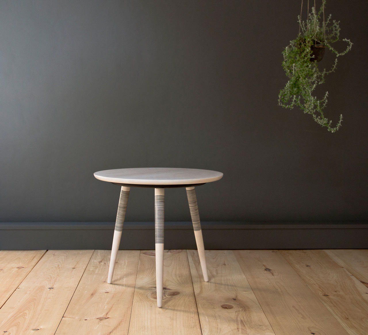 A table inspired by japanese hand tattooing design milk for Design table replica