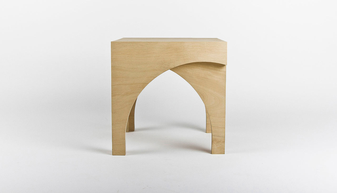 Arcus: The Lovers' Stool
