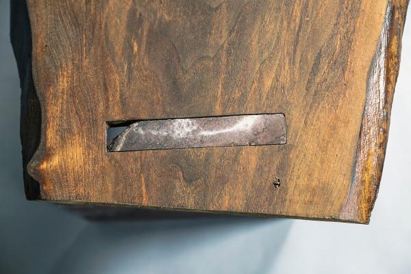 bench-detail2