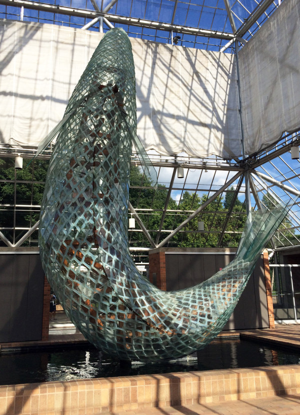 frank-gehry-glass-fish-minnesota