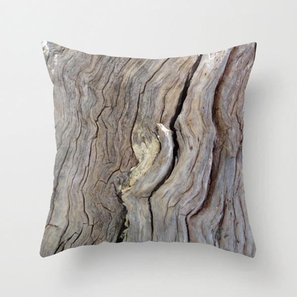 wood-throw-pillow