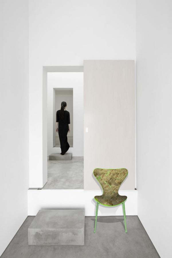7-Designs-Series-7-Chairs-5-Jun-Igarashi