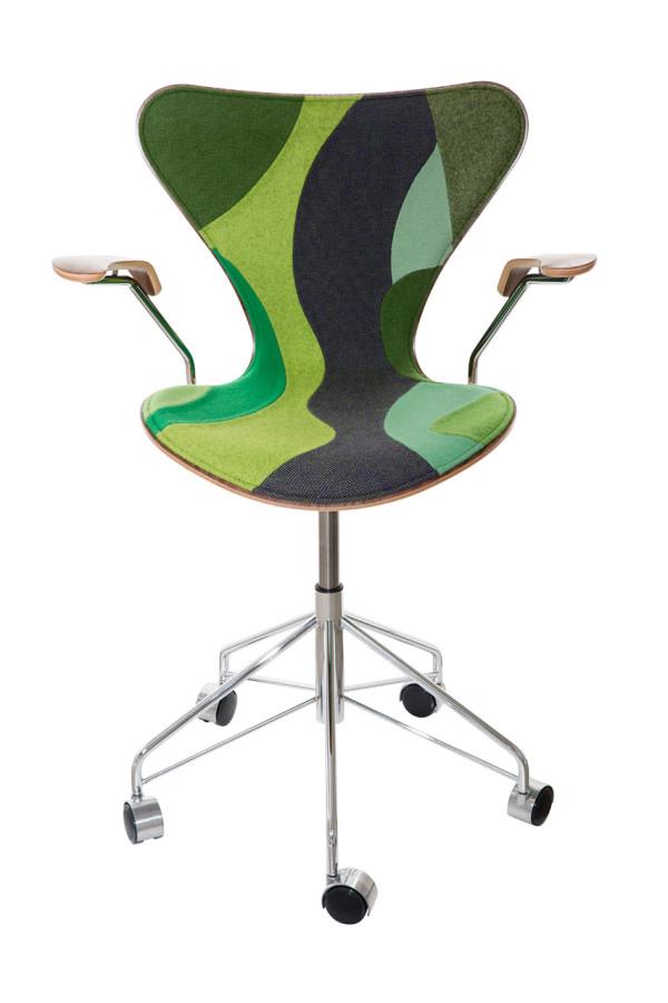 7-Designs-Series-7-Chairs-6-Carlos-Ott