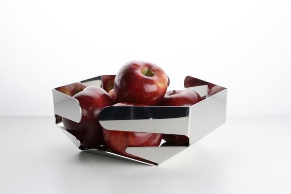 Celata basket by Giulio Iacchetti