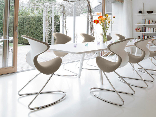 Contract-Product-Category_aeris-GmbH-oyo---The-Chair3