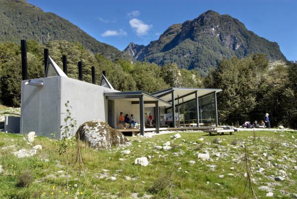 Routeburn-Shelter-Michael-Wyatt-Architect-1