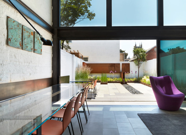 Salt-Pepper-House-KUBE-architecture-4