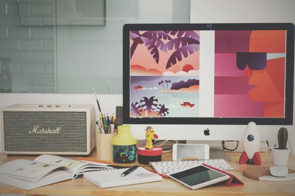miguelcm-at-home-desk