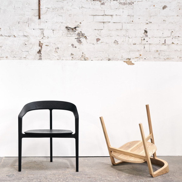 Bow-Chair-Tom-Fereday-3