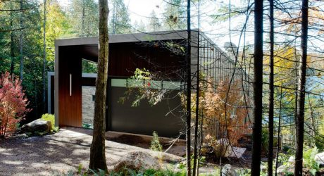 Lakefront Chalet that Follows the Slope of the Landscape