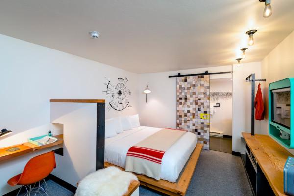 Destination-LARK-Bozeman-hotel-11