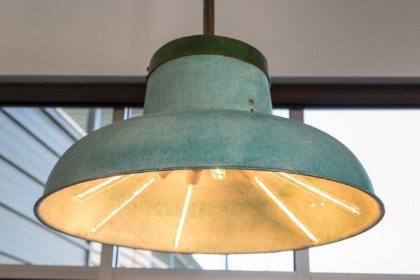 Destination-LARK-Bozeman-hotel-8a-Cuehlo_Lamp