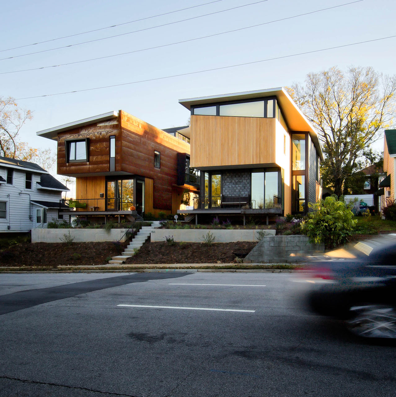 A compact pair of houses in downtown raleigh design milk for Modern homes nj
