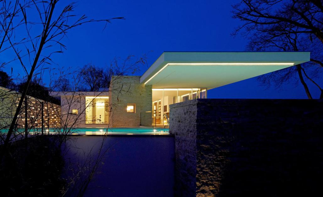 House S: A California-Inspired House at Lake Starnberg