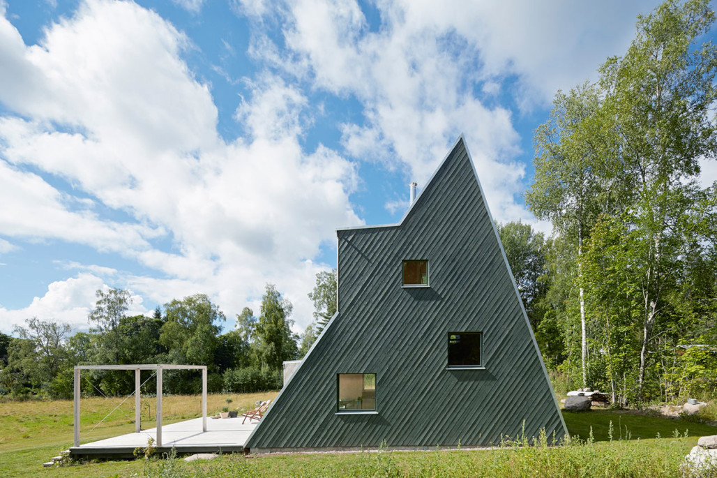 An Architect's Triangular Villa in Västerbyn, Sweden