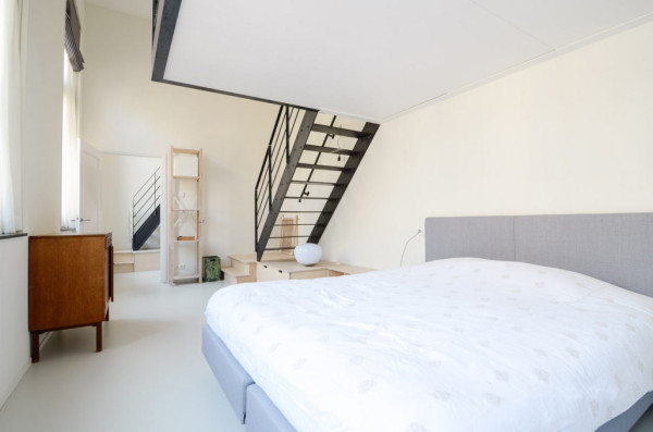 OnsDorp-StandardStudio-former-school-apartment-10
