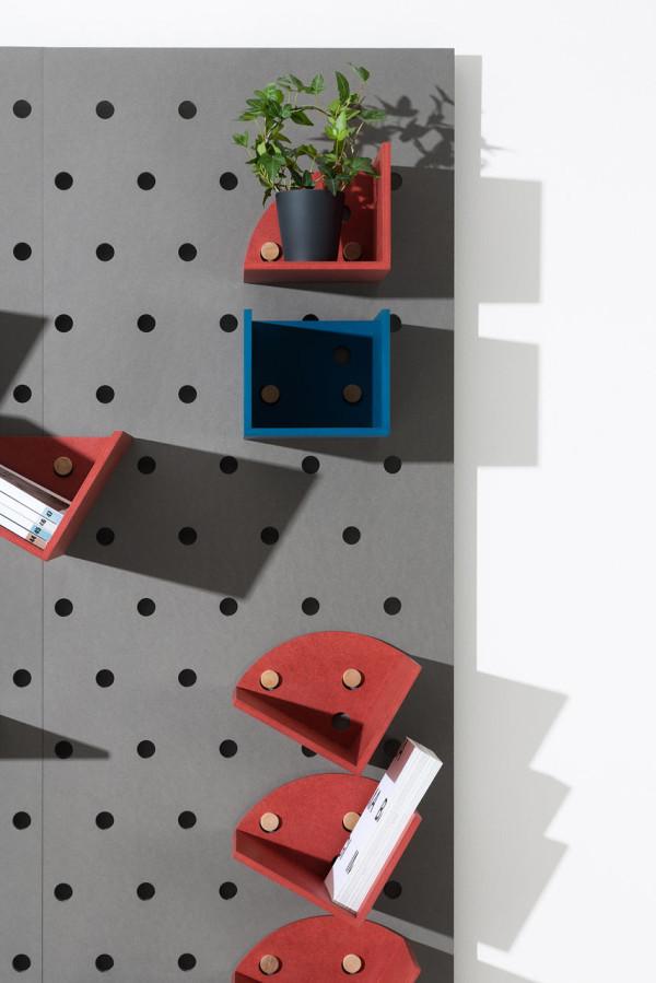 Plakativ-wall-shelf-Christoffer-Aadalen-3