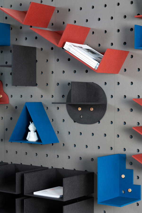 Plakativ-wall-shelf-Christoffer-Aadalen-5