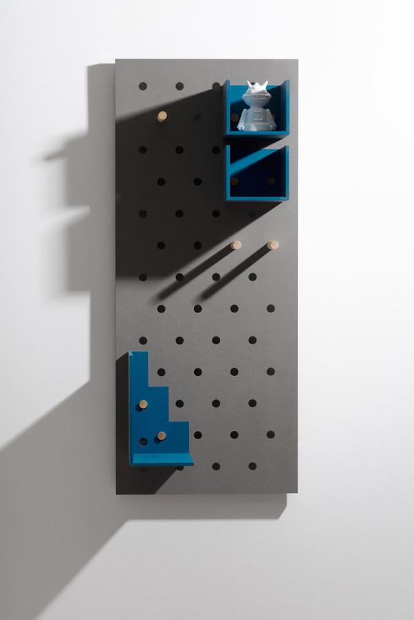 Plakativ-wall-shelf-Christoffer-Aadalen-7