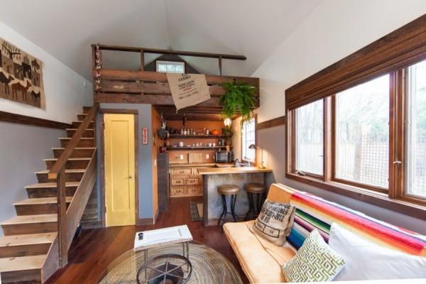 Portland-Tiny-Rustic-micro-living