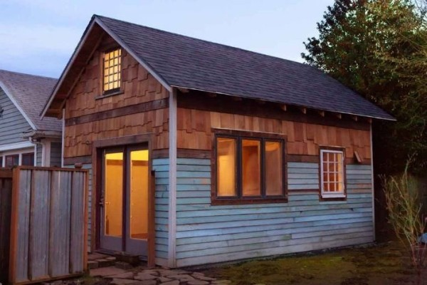 Portland-tiny-house-micro-living