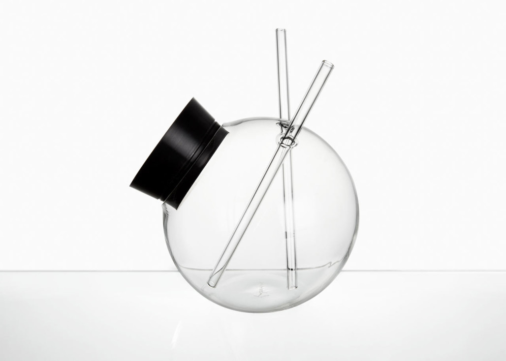 A Sculptural Glass to Protect Your Cocktail