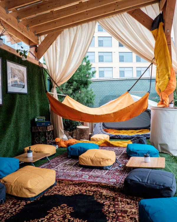 REI Urban Oasis Evrgrn Loft 20 2