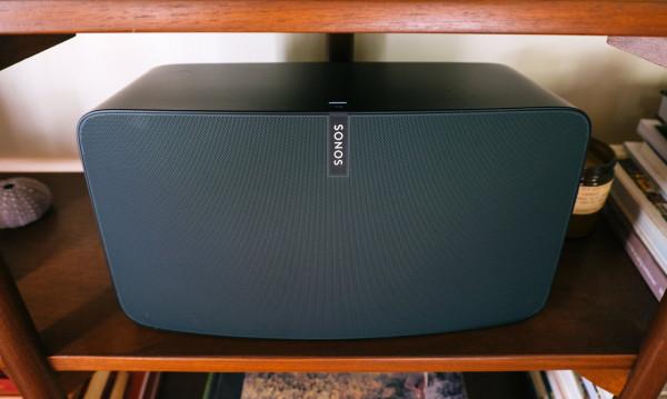Sonos-PLAY5-shelf