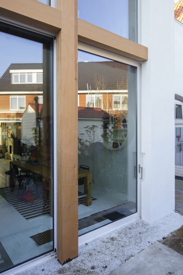 Stretched-House-Ruud-Visser-Architecten-4