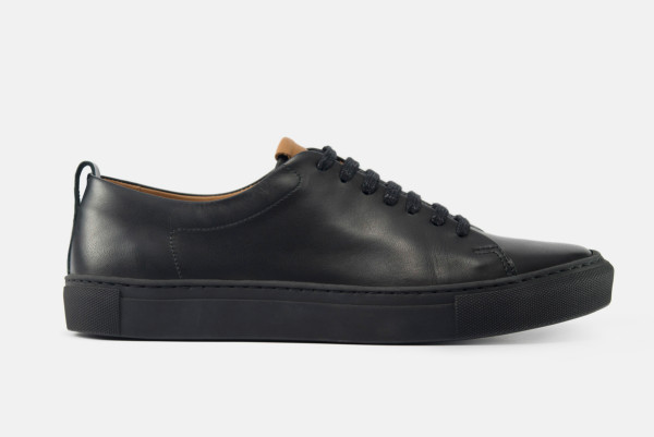 beckett simonon black sneakers profile
