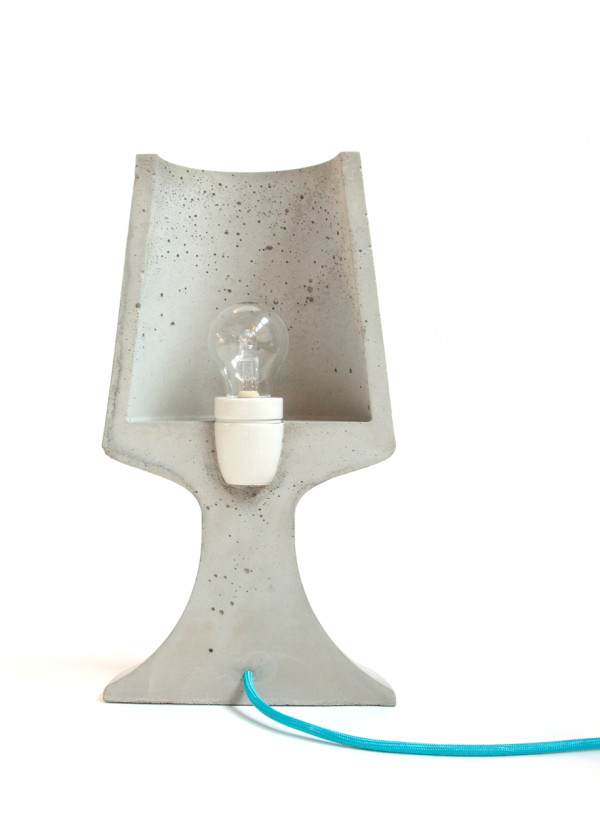 Crescent_Concrete-Lamp-Qoowl-2