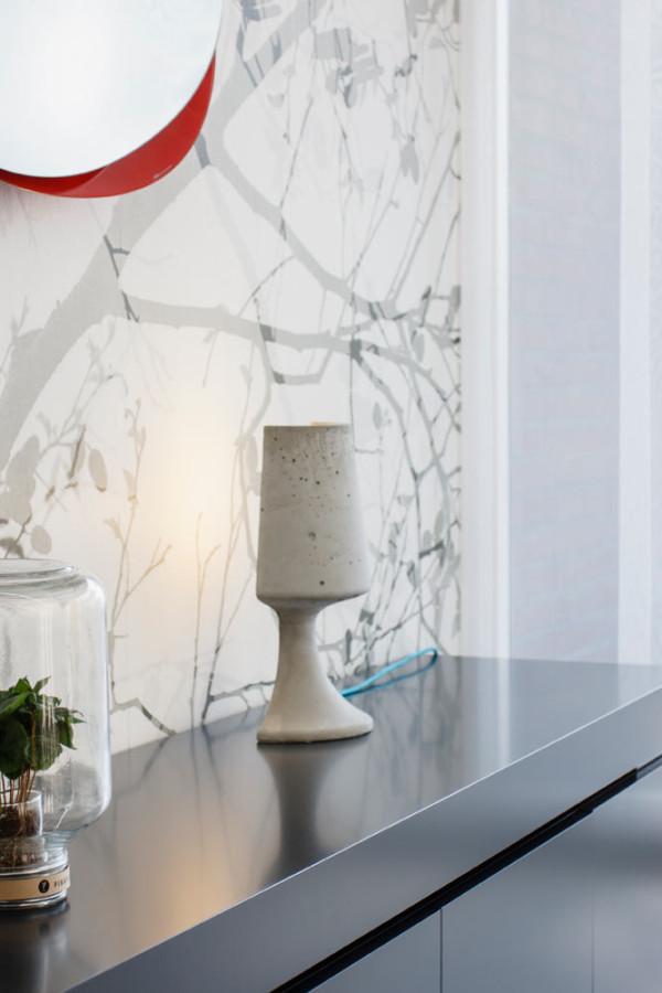 Crescent_Concrete-Lamp-Qoowl-5