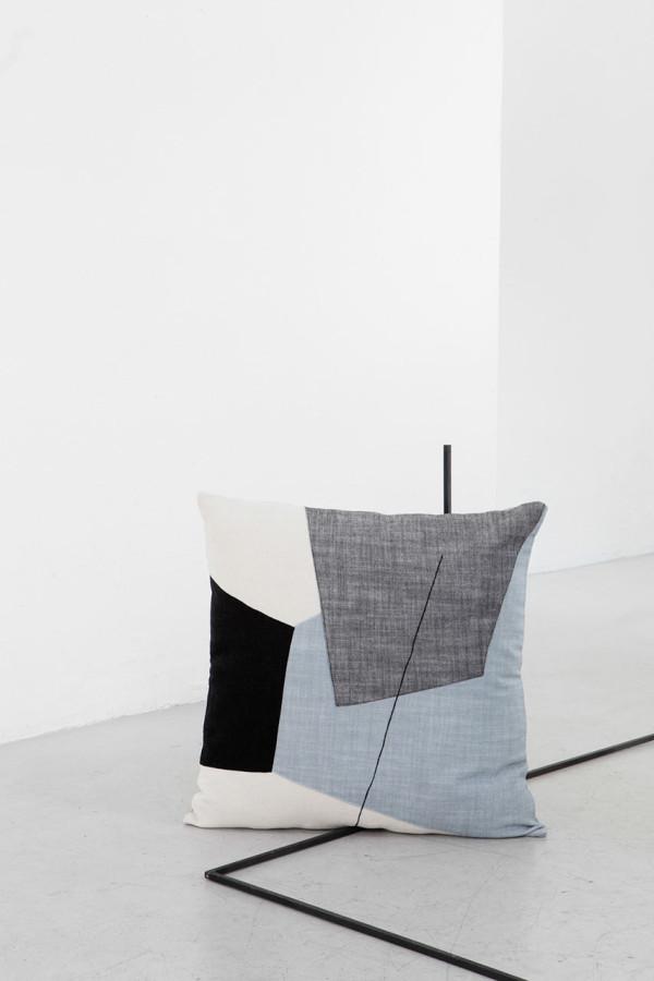 EDIZIONE-ZERO-Testo-cushions-4