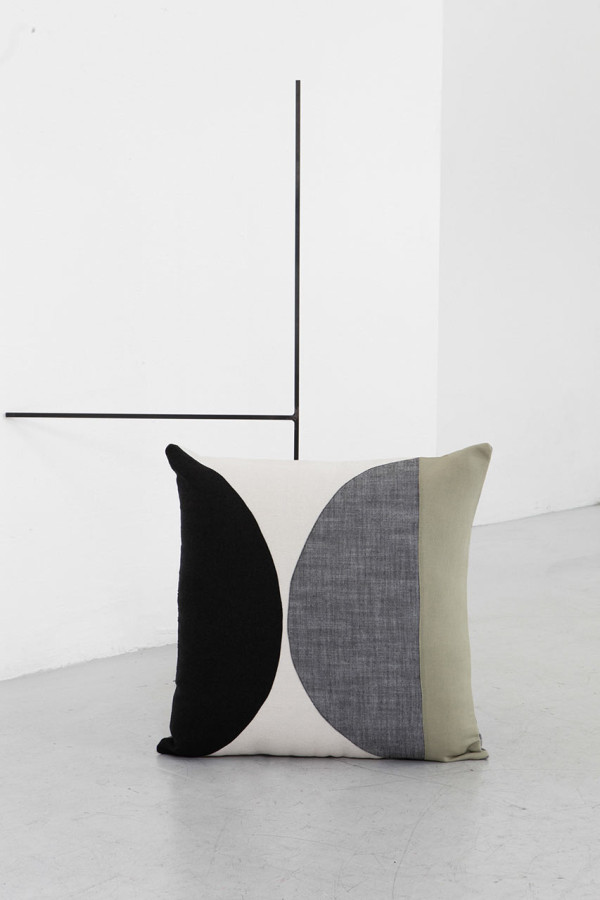 EDIZIONE-ZERO-Testo-cushions-6