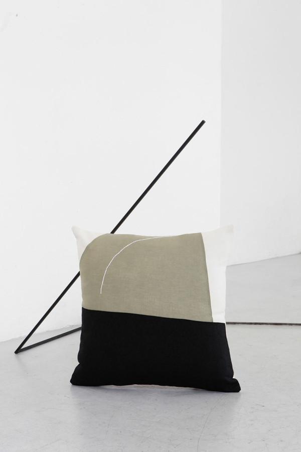 EDIZIONE-ZERO-Testo-cushions-7