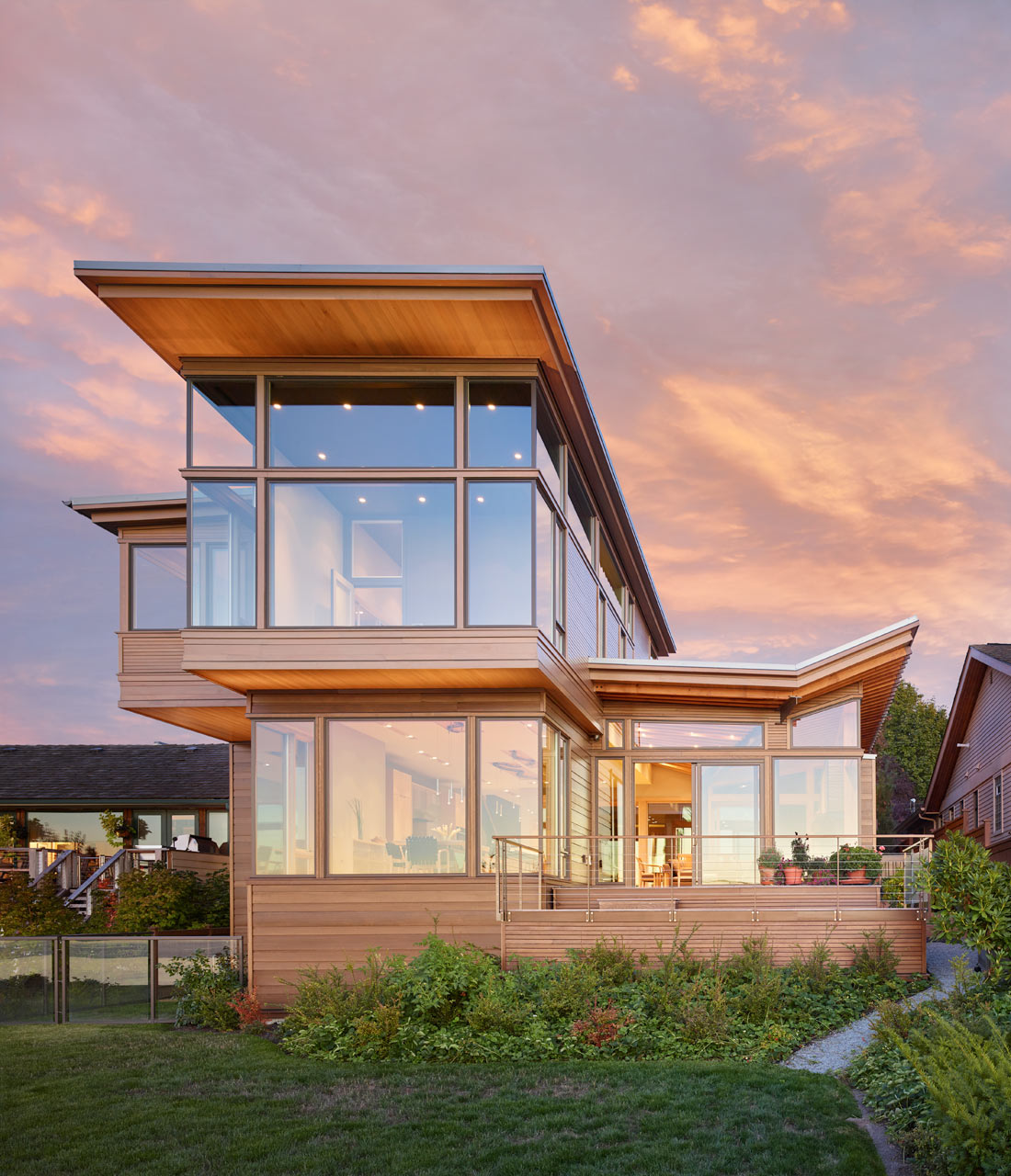 The Elliott Bay House by FINNE Architects