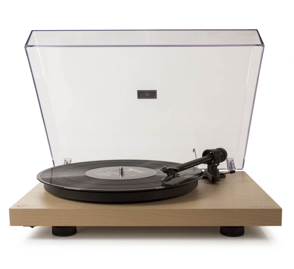 GiftGuide2015-Everything-4-Crosley-turntable