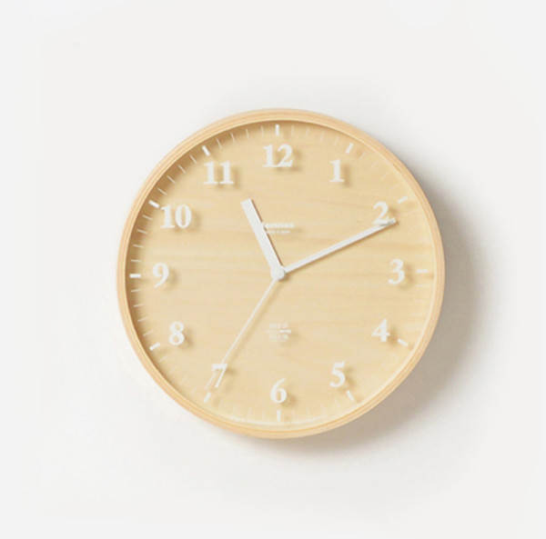 GiftGuide2015-NewHome-10-Birch-clock