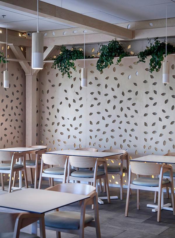 Greenhouse Cafe Roni Keren 15