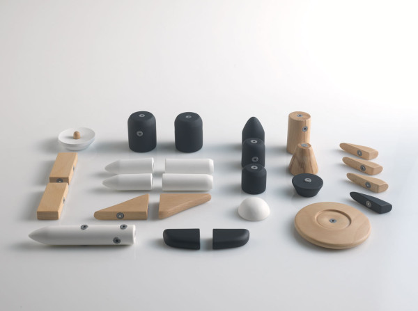 A Space-Related Set Of Magnetic Blocks