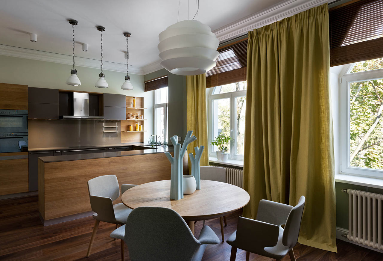 A Flat in Kiev That Focuses on Natural Materials