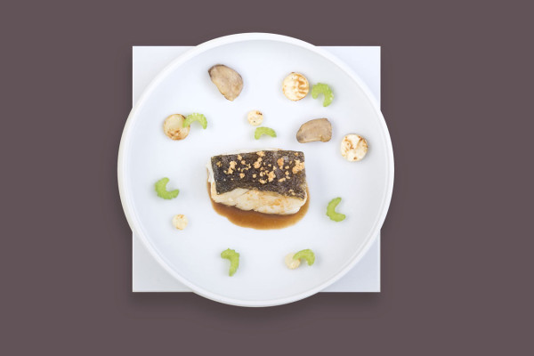 For the next six months, Air France Business customers will be able to enjoy new dishes signed by the starred chef François Adamski on board select flights.