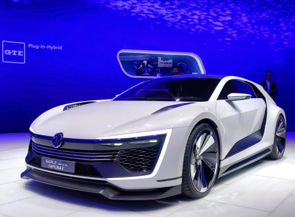 Volkswagen-Golf-GTE-sport