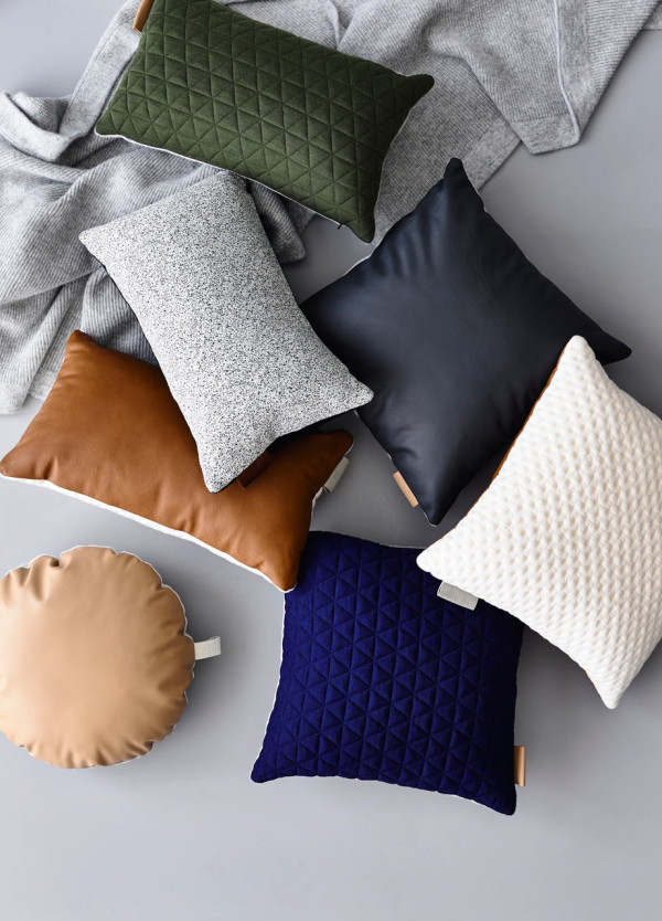 ni.ni.-creative-2-kumo-tab-cushions