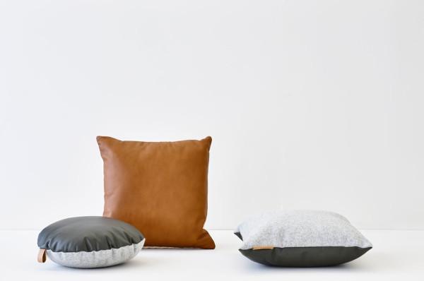 ni.ni.-creative-6-tab-cushion-grey-round.-tab-cushion-grey-square-kumo-cushion-tawny-square