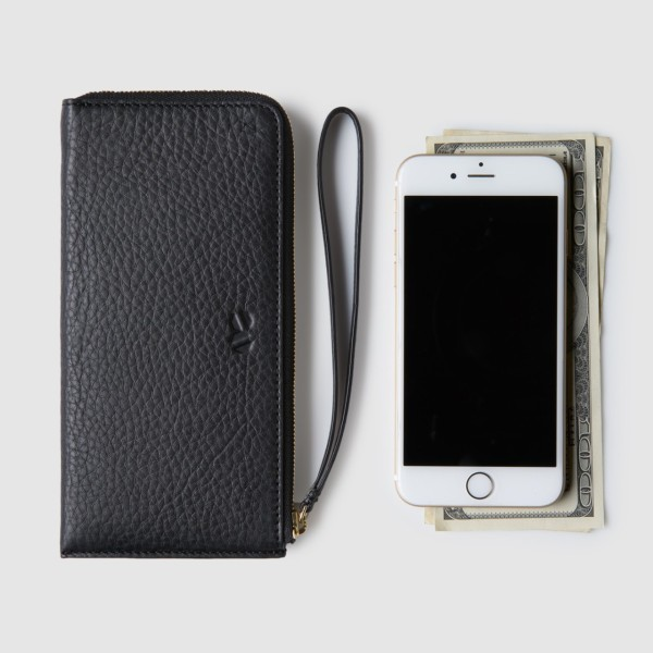 octovo-womens-phonebooth-iphone-wristlet-wallet-leather-black-propped_2