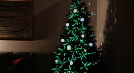 Projection Mapped Christmas Tree Ornaments Are the Future